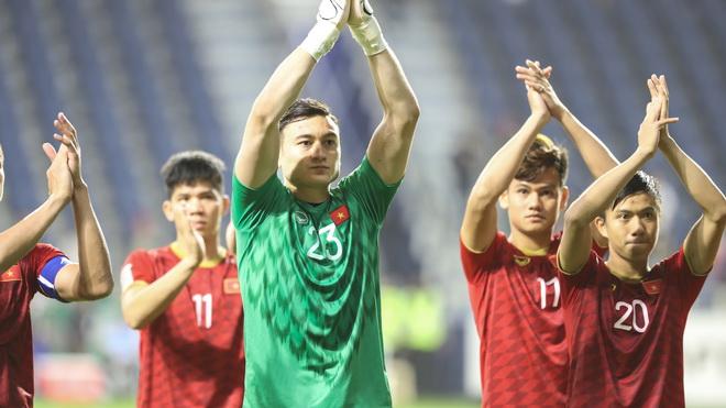 Thủ môn Văn Lâm: 'Cầu thủ Việt Nam đủ sức ra nước ngoài thi đấu'