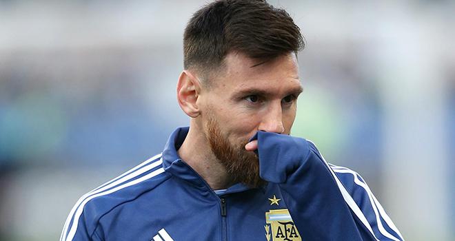 Bong da, Bóng đá hôm nay, Tin tức bóng đá, Ngoại hạng Anh trở lại, Tin tức MU, bóng đá, tin bóng đá, tin bóng đá MU, MU mua Van de Beek, Ngoại hạng Anh, Pogba, Messi, M.U
