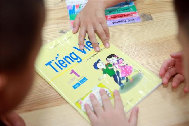 Công nghệ giáo dục, Tiếng việt cải cách, tiếng việt mới, chữ cải cách, Tiếng Việt 1 Công nghệ giáo dục, bảng chữ cái tiếng việt cải cách, tròn vuông tam giác, Hồ Ngọc Đại