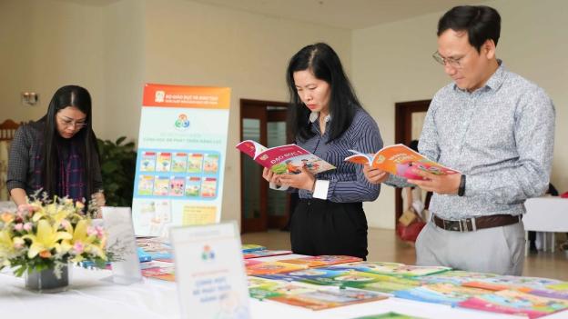 Giới thiệu 4 bản mẫu sách giáo khoa chương trình giáo dục phổ thông mới