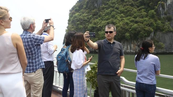 Dịch COVID-19: Tạm dừng các hoạt động kinh doanh dịch vụ văn hóa trên địa bàn Quảng Ninh