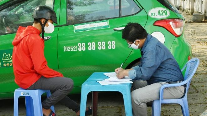 Bắc Giang: Xử phạt nhiều trường hợp không đeo khẩu trang nơi công cộng