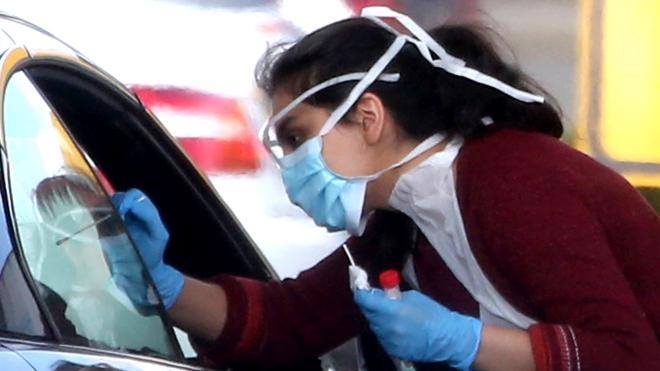 Dịch COVID-19 sáng 19/5: Thế giới gần 5 triệu ca mắc bệnh, 319.965 người tử vong