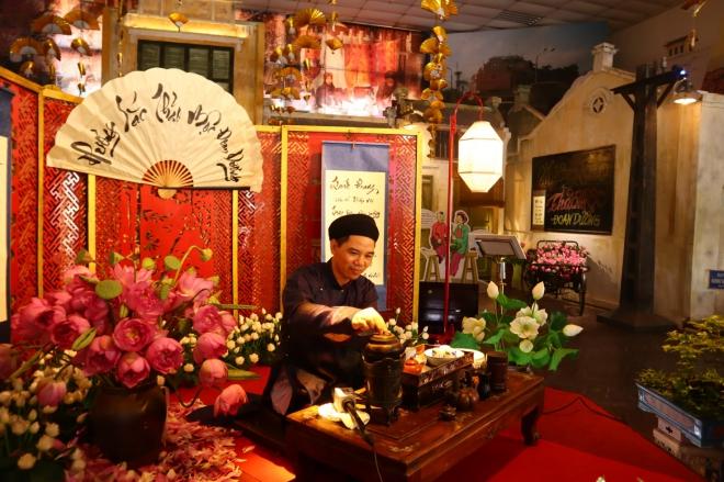 Tết Đoan ngọ, Tết Đoan Ngọ tại Hoàng thành Thăng Long, Văn khấn Tết Đoan ngọ, bài cúng tết đoan ngọ, mâm cúng tết đoan ngọ, cúng tết đoan ngọ, bài khấn tết đoan ngọ