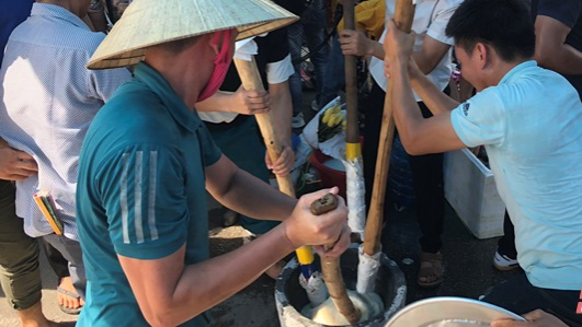 Thanh Hóa: Lễ hội Bánh chưng - Bánh giầy ở vùng biển Sầm Sơn