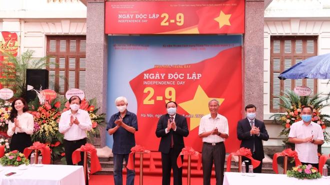 Khai mạc trưng bày chuyên đề 'Ngày Độc lập 2-9'