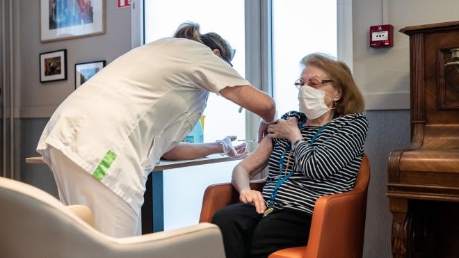 Thế giới gần 115 triệu ca mắc Covid-19 hơn 2,5 triệu người đã chết