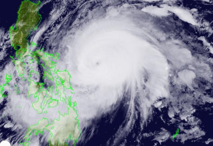 Bão Surigae, Bão Bão Surigae ảnh hưởng đến Việt Nam, Tâm bão Surigae, bão Surigae trên biển đông, dự báo bão, cập nhật tin bão, sức gió bão Surigae