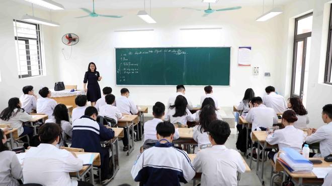 Tuyển sinh vào lớp 10, Hà Nội công bố chỉ tiêu tuyển sinh vào lớp 10, Tuyển sinh năm học 2021-2022, chỉ tiêu tuyển sinh, tuyển sinh trung học phổ thông, tuyển sinh thpt