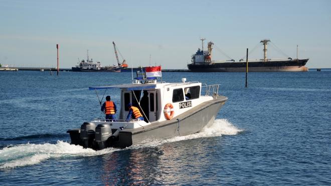 Tàu ngầm Indonesia mất tích, KRI Nanggala 402, Tìm kiếm tàu ngầm mất tích, dưỡng khí tàu ngầm, Hải quân Indonesia, 53 thủy thủ tàu ngầm, Bộ Quốc phòng Indonesia