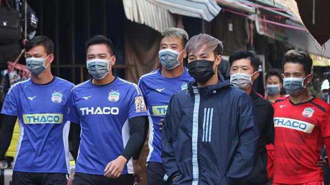 VPF kêu gọi các CLB chia sẻ khó khăn vì hoãn V-League do dịch corona