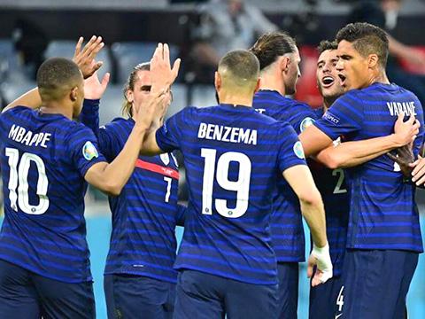 Pháp hạ Đức ngày ra quân: Ngày Pháp trên cơ Đức