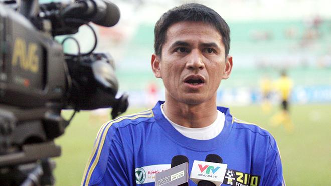 bóng đá Việt Nam, tin tức bóng đá, bong da, tin bong da, bầu Đức, HAGL, HLV Kiatisuk, V League, chuyển nhượng V League, kết quả bóng đá hôm nay