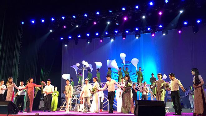 Nhà hát Ca múa nhạc Thăng Long: Mang 'hồn cốt Hà Nội' bước vào... tuổi 60