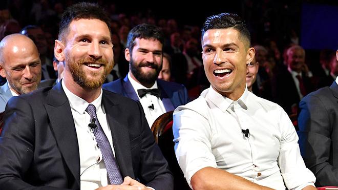 Bong da, Bóng đá hôm nay, bóng đá, Messi, Ronaldo, Đá bóng là việc nhẹ lương cao, Alexis Sanchez, Mesut Oezil, Beckham, Top 10 cầu thủ giàu nhất, thu nhập cầu thủ