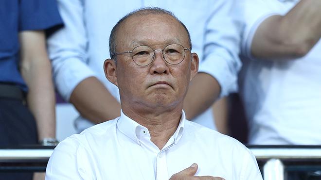 Buồn vui của HLV Park Hang Seo trên khán đài