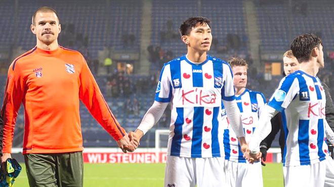 Hà Nội FC mong Văn Hậu có sự phát triển tốt nhất