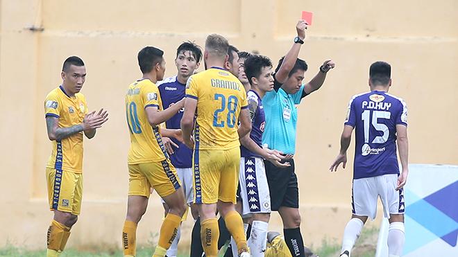 Hà Nội FC thua Thanh Hóa: Một 'cái tát' tỉnh người!