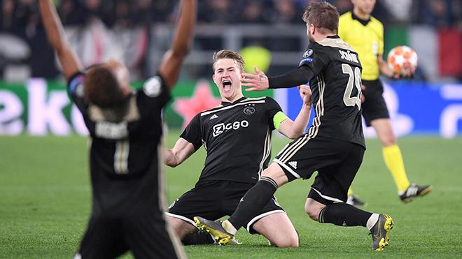 Man City và Juventus bị loại ở Champions League: Tiền nhiều để làm gì?