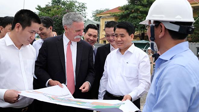 Chủ tịch F1 toàn cầu ấn tượng với sự chuẩn bị của F1 Hà Nội