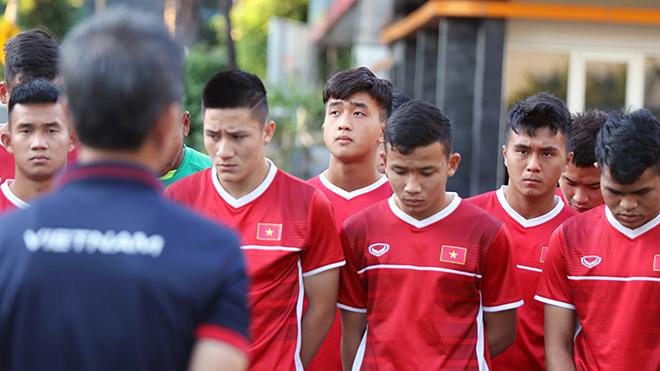 HLV Lê Thụy Hải: 'Đá SEA Games 2021 bằng lứa U19 này khó thành công'