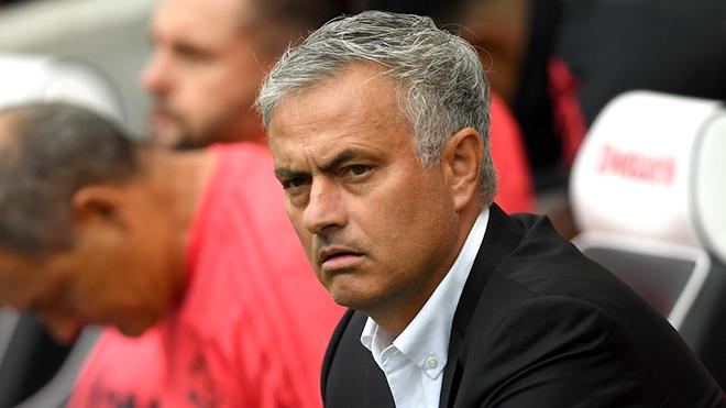 Mourinho & cơn bấn loạn ở M.U