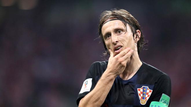 Luka Modric: Người Anh quá giỏi trong vòng cấm