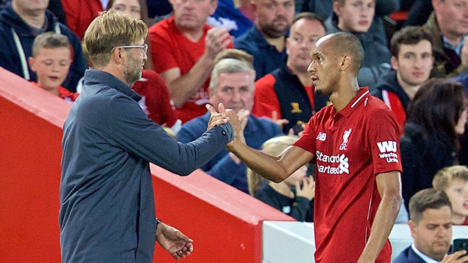 Nhờ sự đa dạng của Fabinho, Liverpool ngày càng biến ảo