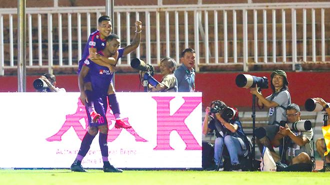 bóng đá Việt Nam hôm nay, tin tức bóng đá, bong da, tin bong da, V League, lịch thi đấu vòng 5 V League, BXH V League, BDTV, truc tiep bong da, Hà Nội vs SLNA