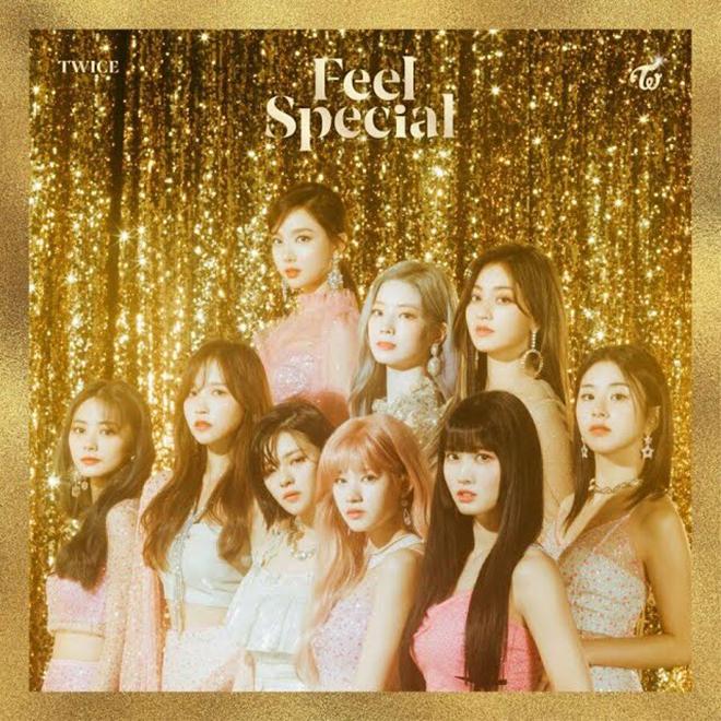 Twice, Album ăn khách nhất của Twice, Knock Knock, Merry & Happy, More & More, K-pop