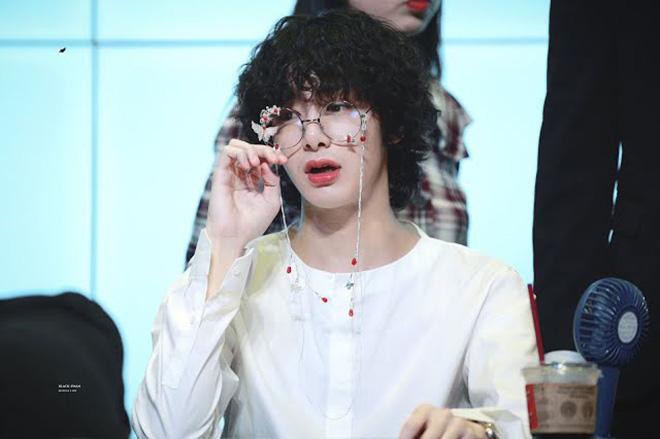 K-pop, Nam thần K-pop có visual như búp bê, V BTS, Beomgyu TXT, Baekhyun EXO
