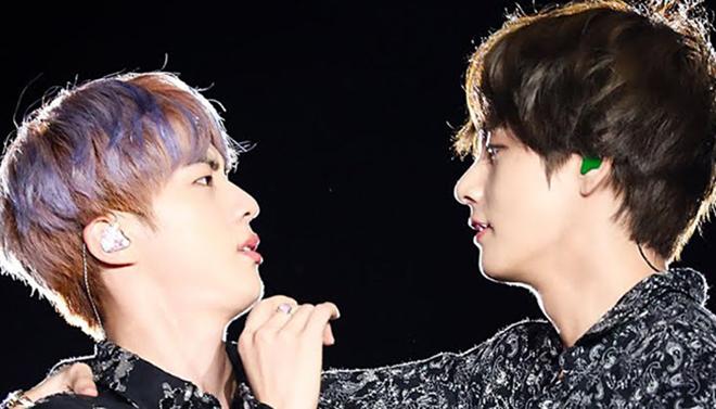 V BTS đã làm điều ngọt ngào này khi Jin muốn 'gây sự chú ý'