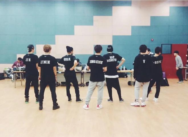 BTS, Young Forever, Ca khúc truyền tải khó khăn của BTS, BTS Young Forever, Đây là ca khúc truyền tải rõ nhất những khó khăn mà BTS phải đối diện, Bts, bts, BTS mới nhất
