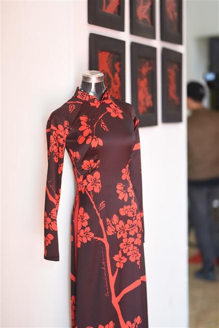 Một mẫu thiết kế áo dài