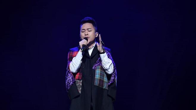 Tùng Dương lần đầu làm MV Studio với các nghệ sĩ quốc tế