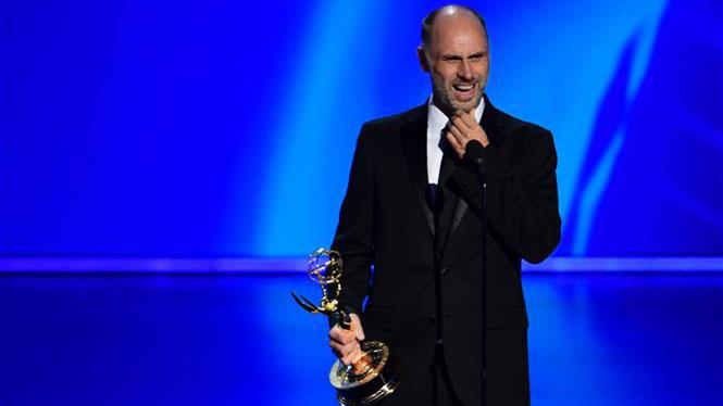 Lễ trao giải Emmy 2020 dành 2,8 triệu USD cho cuộc chiến chống nạn đói ở trẻ em