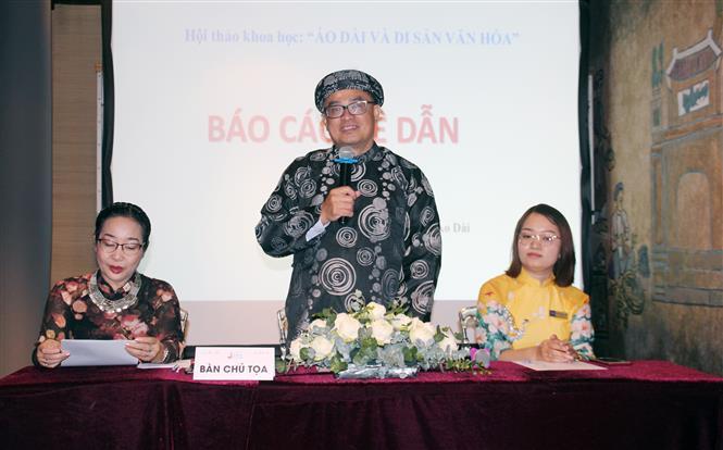 Tiến sĩ Nguyễn Đức Trí, Viện trưởng Viện du lịch, Trường Đại học Kinh tế Thành phố Hồ Chí Minh, phát biểu tại Hội thảo. Ảnh: Mỹ Phương - TTXVN