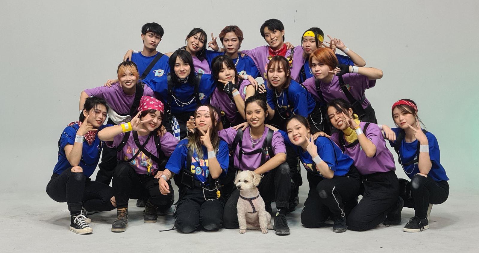 nhóm nhảy K-pop The Acode