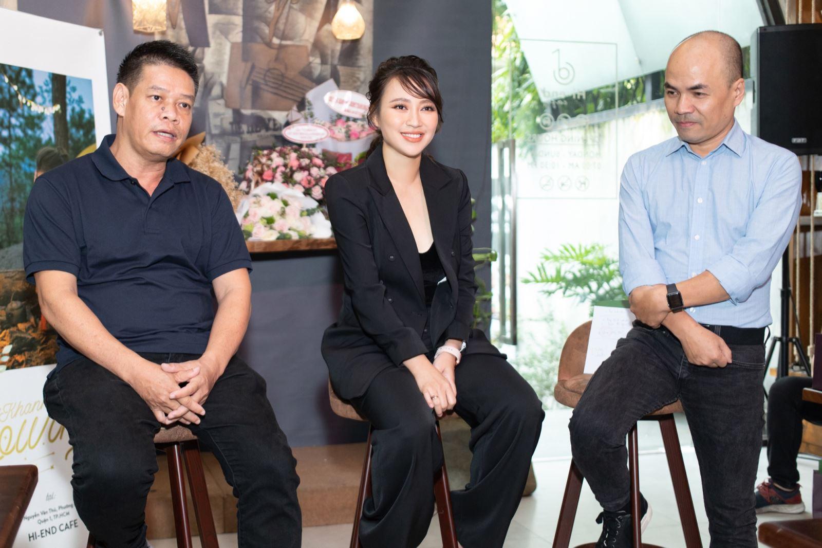 Ca sĩ Khánh Linh bên nhạc sĩ Võ Thiện Thanh và nhà báo Minh Đức