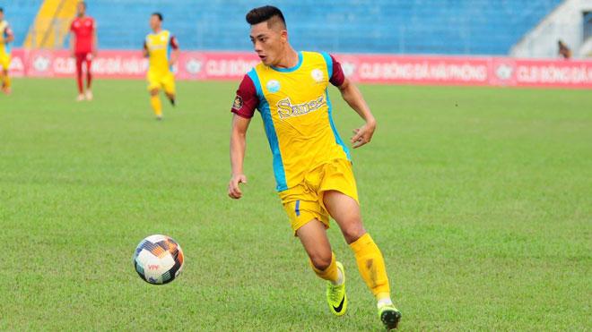 Thua Hà Nội 1-5, TP.HCM chiêu mộ 3 cầu thủ từ Khánh Hòa