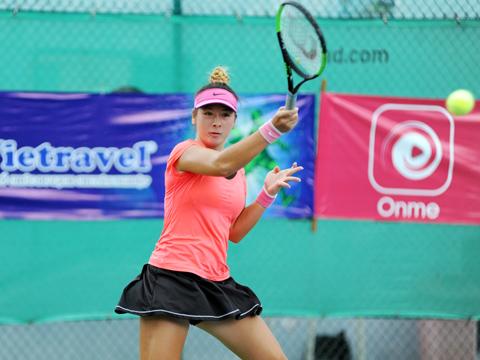 """Fodor Csilla cũng là một """"bóng hồng lai"""" rất hứa hẹn của quần vợt nữ Việt Nam sau khi cô nhập quốc tịch thành công. Ảnh: Trần Tú"""