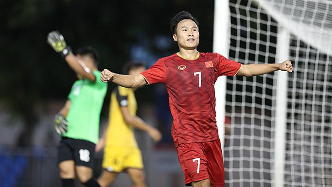 Tiền vệ Triệu Việt Hưng sẵn sàng đấu U22 Indonesia. Ảnh: Hoàng Linh