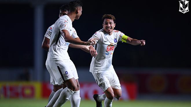 Các CLB dự giải hạng 3 Thái Lan sẽ không lo chuyện xuống hạng 3 năm tới và được thông báo phải cải tạo mặt sân, dàn đèn theo tiêu chuẩn AFC để chuyên nghiệp hơn