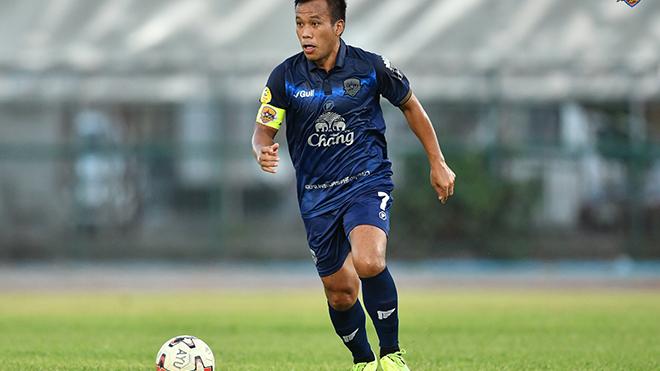 Thonglao vẫn chơi bóng tốt ở tuổi 37