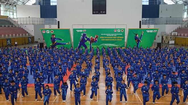 Sự kiện năm nay thu hút hơn 1 nghìn VĐV tham dự và đây là hoạt động lớn của thể thao TP.HCM tập trung đông người trở lại sau Covid-19. Ảnh: LG