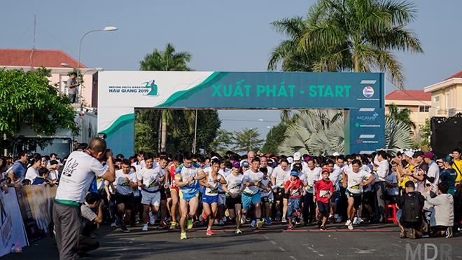 Sau mùa giải 2019 thành công với gần 5 nghìn người tham dự, Giải Mekong Delta Marathon Hậu Giang 2020 hứa hẹn sẽ có lượng người tham dự ấn tượng hơn nữa. Ảnh: N.Trân
