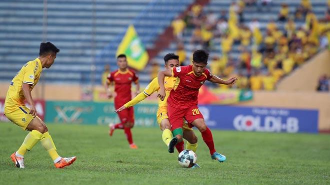bóng đá Việt Nam, tin tức bóng đá Việt Nam, SLNA, Phan Văn Đức, HLV Ngô Quang Trường, V League, Park Hang Seo, DTVN, vòng 8 V League, BXH V League