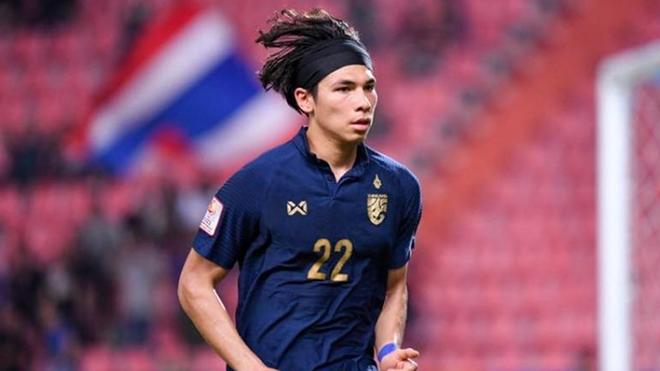 Benjamin Davis có cơ hội là cầu thủ Thái Lan đầu tiên và là cầu thủ Đông Nam Á thứ 2 sau thủ thành Neil Etheridge (Philippines) được đá ở giải Ngoại hạng Anh