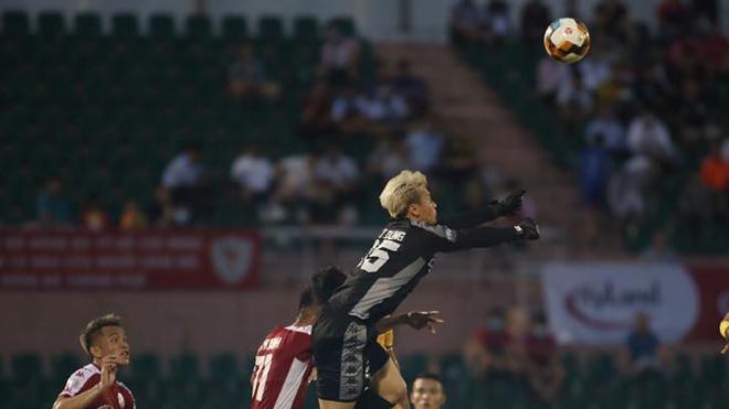 bóng đá Việt Nam, tin tức bóng đá, bong da, tin bong da, Bùi Tiến Dũng, HLV Chung Hae Seong, TPHCM, lịch thi đấu V League, kết quả bóng đá hôm nay