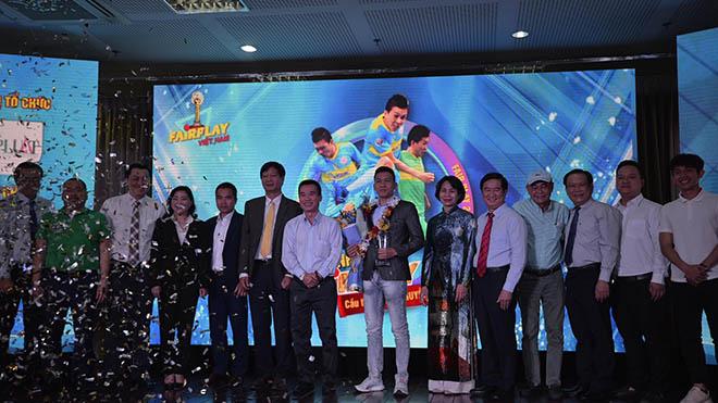 HLV Phạm Minh Đức, Hồng Lĩnh Hà Tĩnh, bóng đá, bóng đá Việt Nam, bóng đá hôm nay, Lee Nguyễn, CLB TPHCM, lịch thi đấu vòng 2 V-League 2021